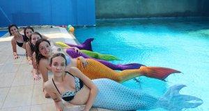 kraliçe adayları deniz kızı kostümleriyle