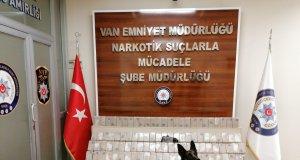 Narkotik köpeği Kara 50 kilo 360 gram eroin zulasını patlattı